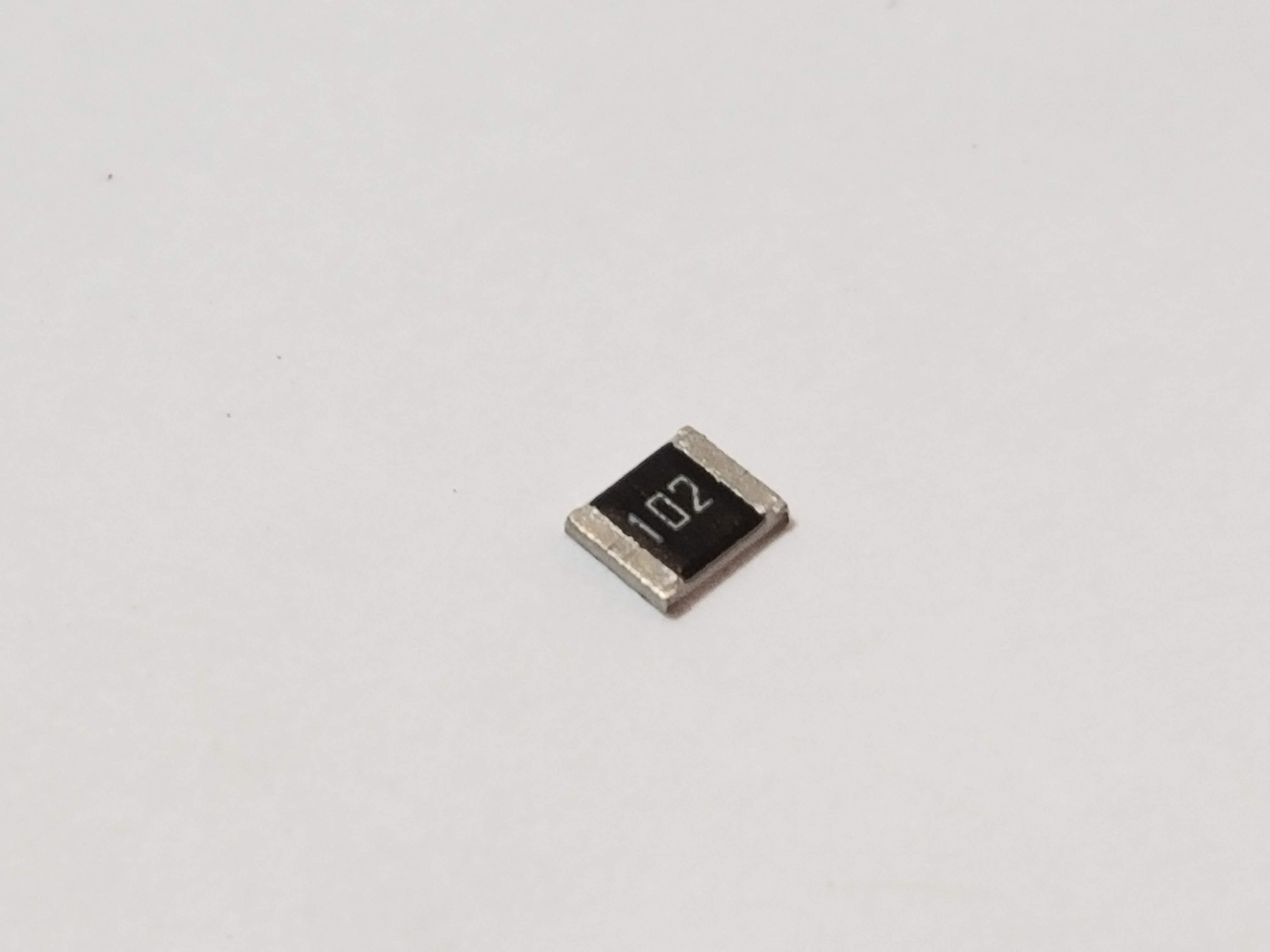 Picture of 1uF Capacitor 50V 20% 1812