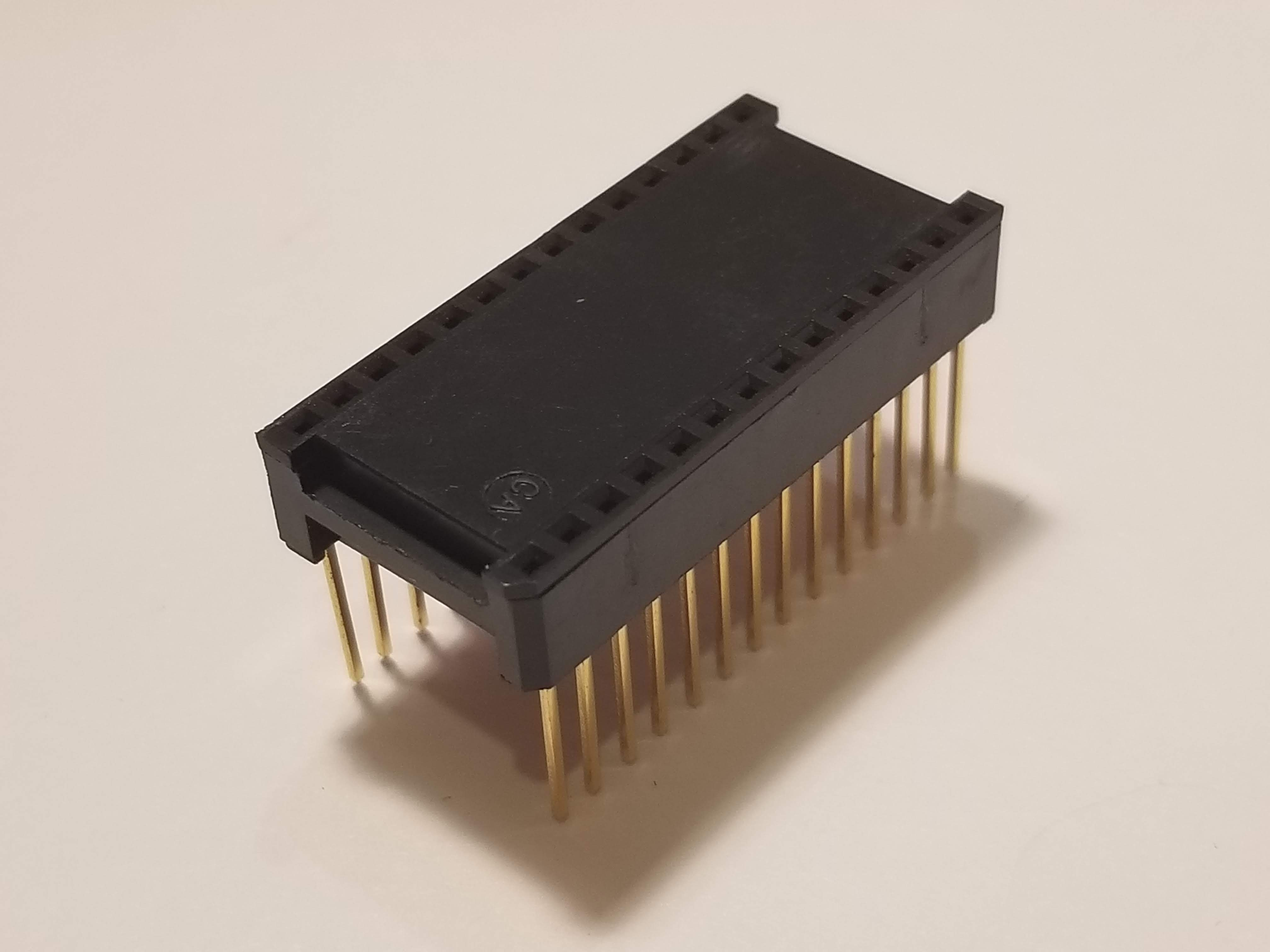 Picture of 28P DIP-600 Socket